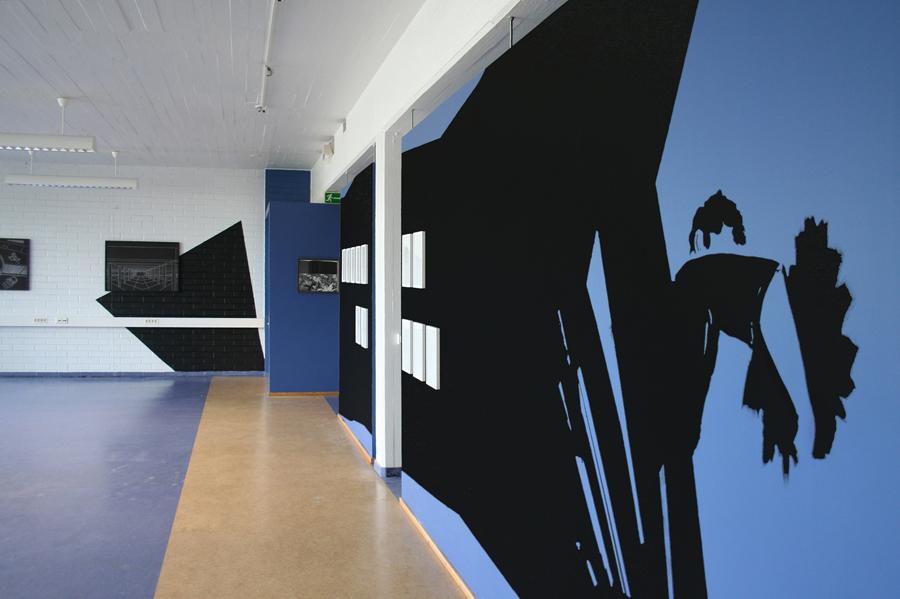 CAVE 2, Acrylfarbe, Wandbild, 'b/w_borderline', montanaberlin@galleria espoonsilta / temporary space PERTIK, Tapiola/Helsinki, 2011